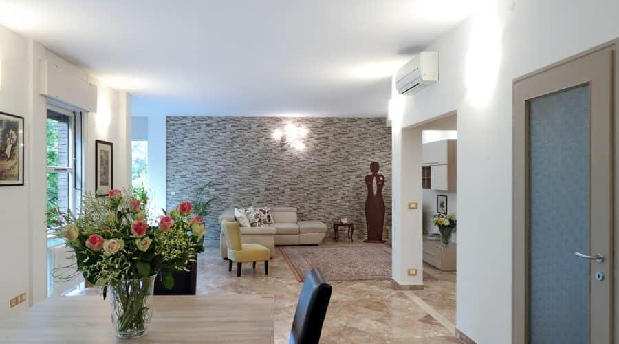 appartamento-tortora-foto-sala-da-pranzo-padovaresidence-appartamenti-vacanze-padova-min