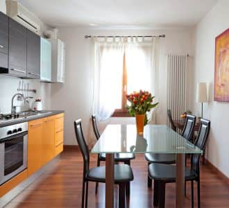 arancio-apartment-tourist-apartments-rent-in-Padua-kitchen-photo-padovaresidence